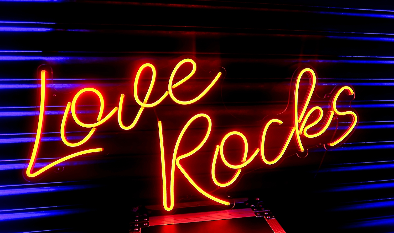 Love Rocks Neon Sign Hire